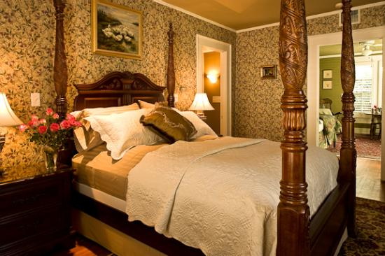 Shellmont Inn: Carriage House Cottage