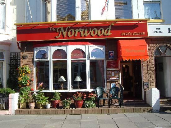 The Norwood Hull Road: Frontage
