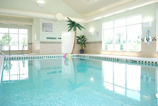 Country Inn &amp; Suites-Bentonville South: Indoor Pool and Spa
