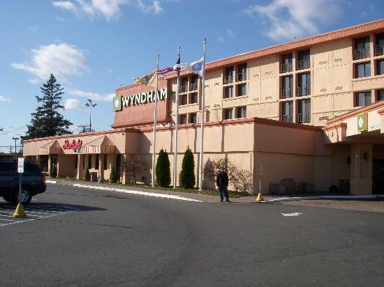 The Front Of The Hotel Showing The Restaurant Picture Of Newark New Jersey Tripadvisor