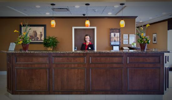 Hilton Garden Inn Greenville: Our friendly staff is at your service and ready to earn your loyalty