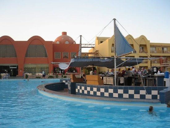 Zimmeraussicht picture of titanic beach spa aqua park for Aqua piscine otterburn park
