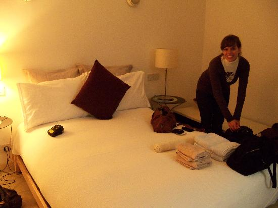 The Luxury Inn: Our Room