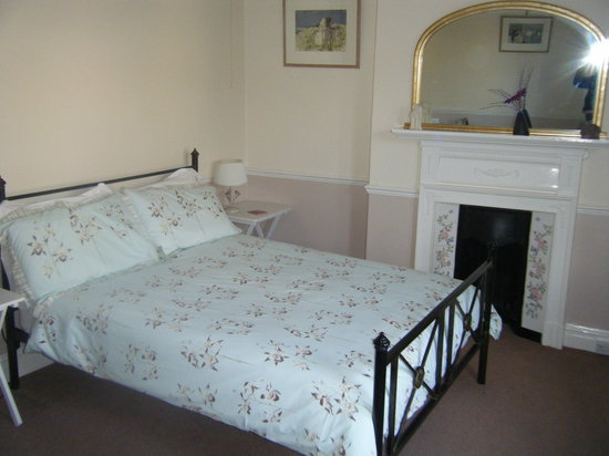 Austen Guest House