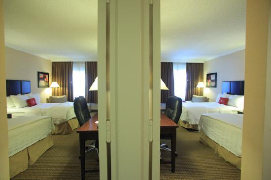 Hotels With Adjoining Rooms