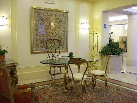 BEST WESTERN Grand Hotel Adriatico: Le hall