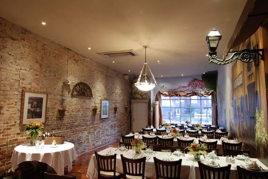 Villa barone collingswood menu prices restaurant for Best private dining rooms nj