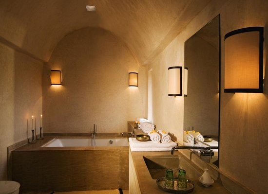 Kasbah Bab Ourika: Bathroom Suite