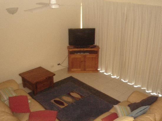 Glen Eden Beach Resort: lounge room