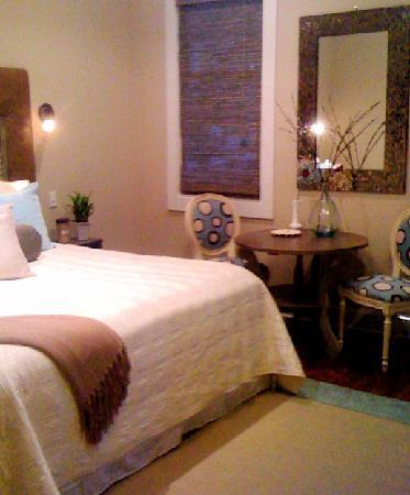 Ocean Springs, MS: The Avenue Suite