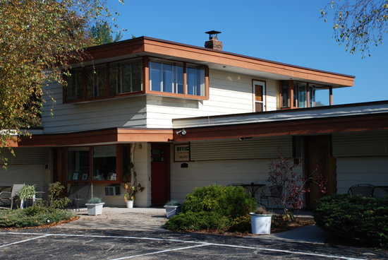 The Usonian Inn LLC