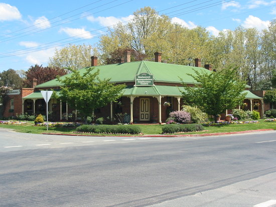 ‪The Carrington Inn of Bungendore‬