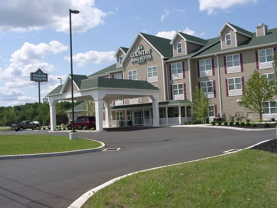 ‪Country Inn & Suites Carlisle‬