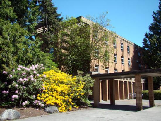 Pacific Spirit Hostel at UBC