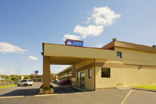 Americas Best Value Inn Nashville/South : Exterior