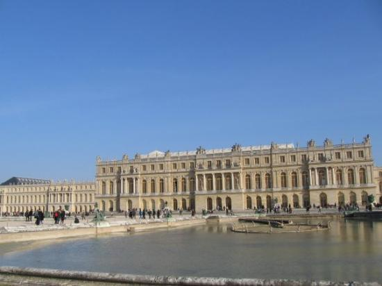Palace of versailles picture of versailles yvelines for Versailles yvelines