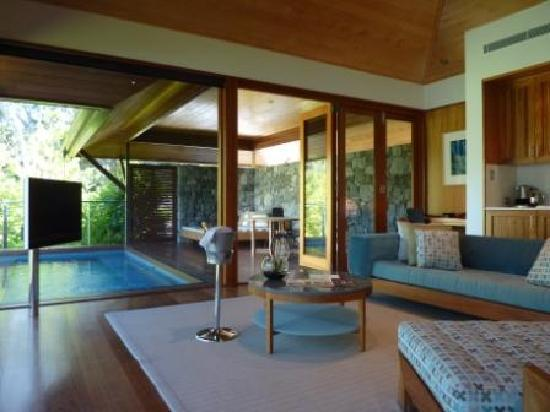 Qualia Resort: The Sitting Area, Leeward Pavilion #1