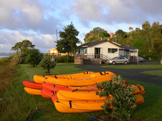 Kawhia Beachside S-Cape & Harbourview Cottages