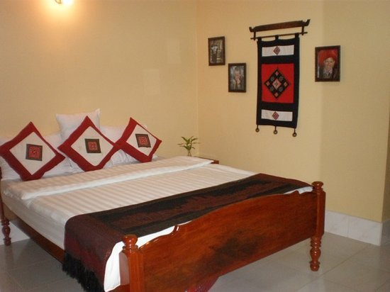 Seven Candles Guest House: Comfortable and roomy; nicely renovated