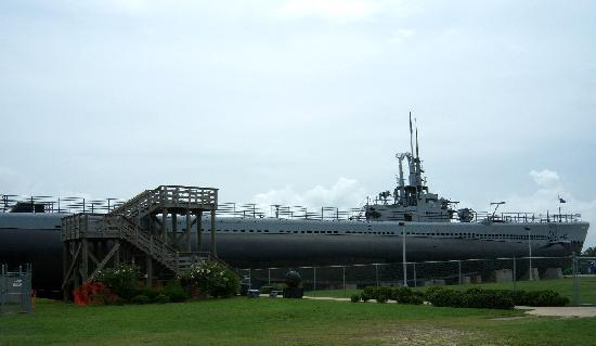 Holiday Inn - Mobile Downtown/Historic District: USS Drum, WW2 Submarine