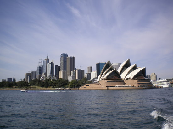 , : Opera house sydney