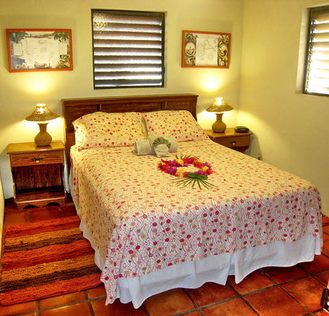 Harbour Club Villas & Marina: Villa bedrooms have queen sized beds