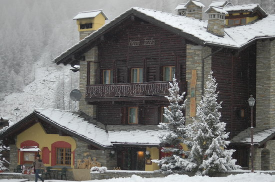Hotel Ristorante De La Tor