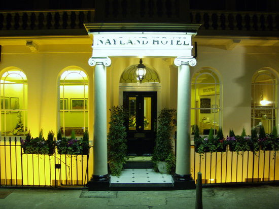 Nayland Hotel