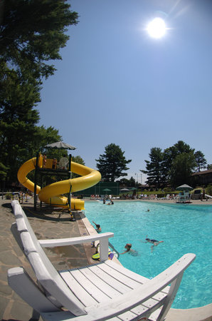 Pinegrove Ranch & Family Resort: Outdoor Pool