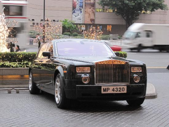 The Peninsula Hong Kong: The Rolls-Royce