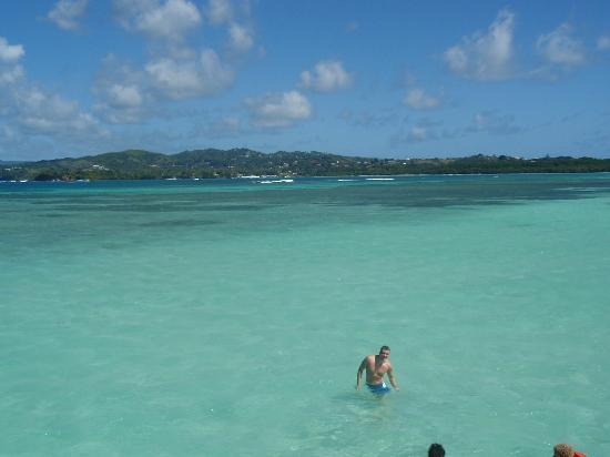 Tobago: Bathing in the Nylon Pool