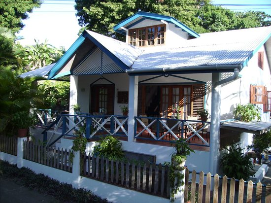 Jemas Guesthouse and Apartments