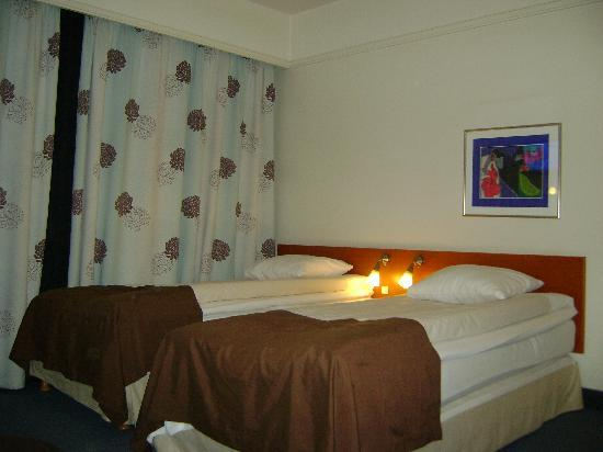 Richmond Hotel: room