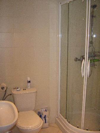 Royal Route Residence: Bathroom
