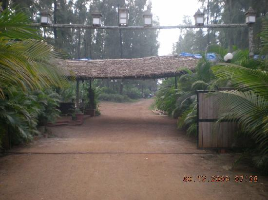 Entrance picture of exotica beach resort dive agar - Resorts in diveagar with swimming pool ...