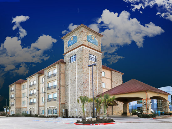 La Quinta Inn & Suites Grand Prairie South
