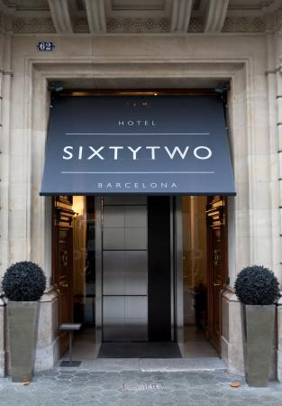 Sixtytwo Hotel: Facade