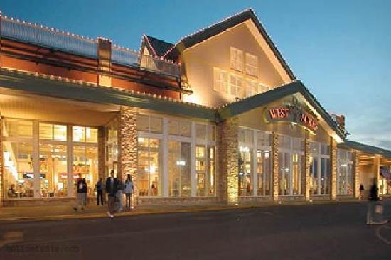 West Acres Shopping Center is located in Fargo, North Dakota and offers stores - Scroll down for West Acres Shopping Center shopping information: store list (directory), locations, mall hours 3/5(2).