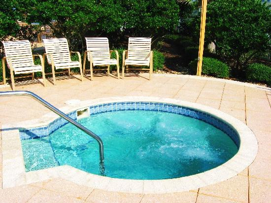 Cinnamon Beach at Ocean Hammock Beach Resort: Relax in our jacuzzi