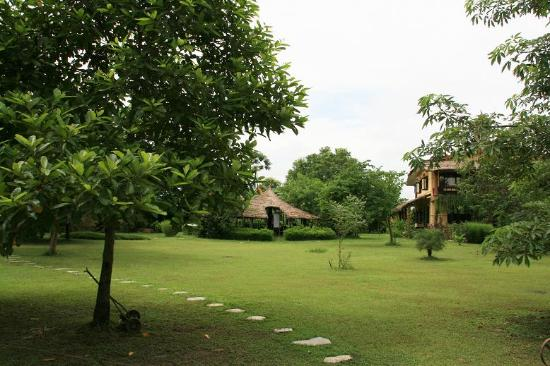 Photo of Sapana Village Lodge Sauraha