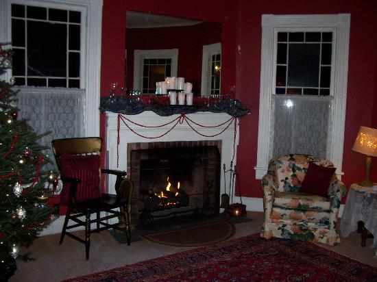 River Run Bed &amp; Breakfast: A comfortable seat by the fire