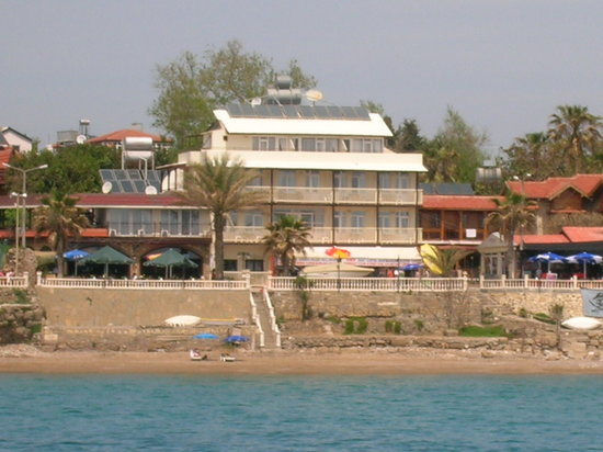 Beach House Otel