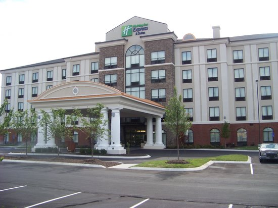 Holiday Inn Express Hotel & Suites Nashville - Opryland: Opryland Area's Newest Hotel