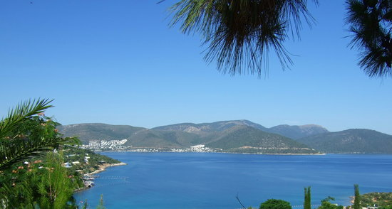 Rixos Premium Bodrum: view from entrance