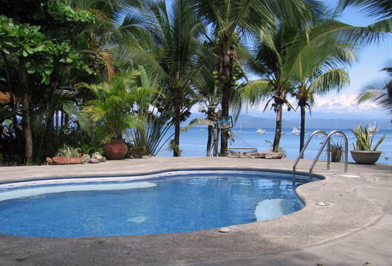 Cabinas Jimenez: View from our Pool