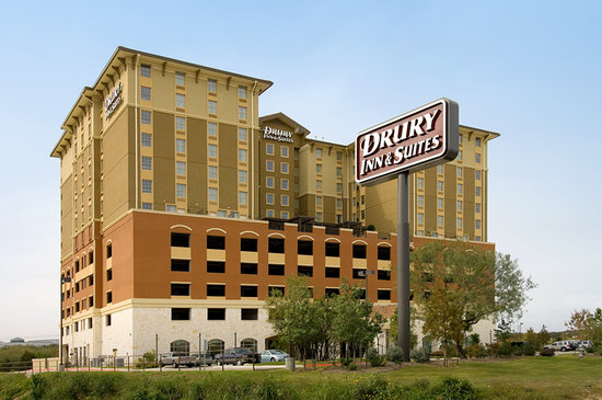 Drury Inn & Suites Near La Cantera Parkway