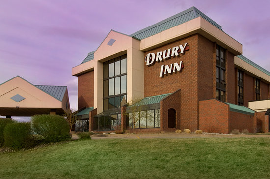 Drury Inn Denver East: Exterior
