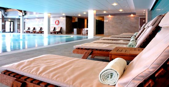 Club med peisey vallandry france resort all inclusive for Piscine club med gym