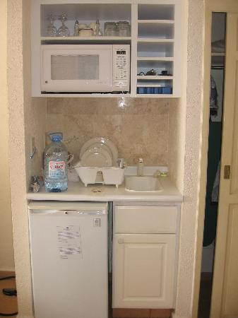 Small Kitchenette Unique With Small Room with Kitchenette Photo