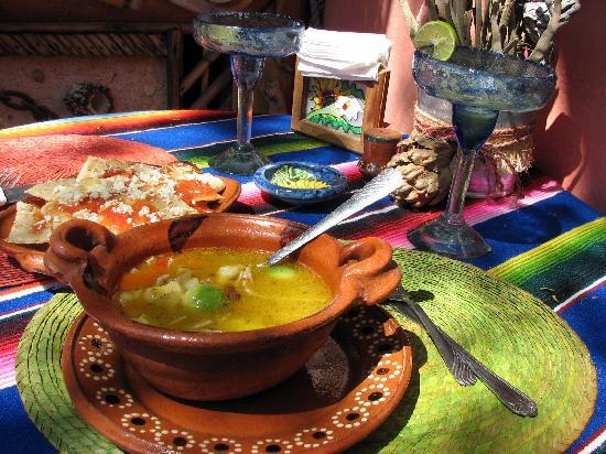 Posada de las Flores Loreto: food you can get nearby